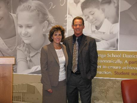 Superintendent, Janet Temkin, welcomes TOCS New Principal, Stuart Schlappi!