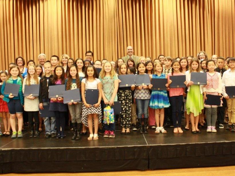 Student Winners Group Picture (3)